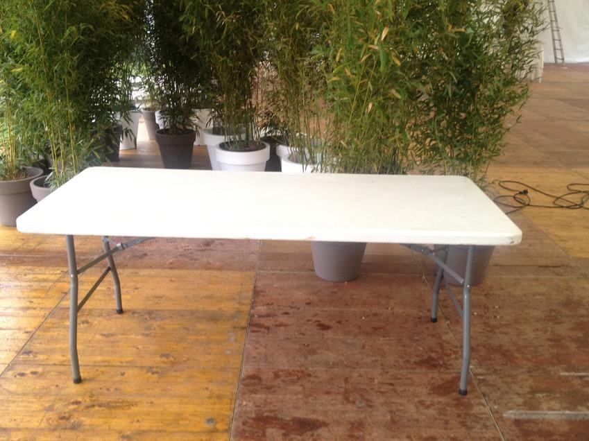 Location de table et chaises chaise pliante noire ikea location with location de table et - Location table et chaise ...